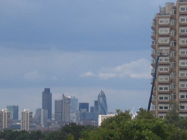 Photo of South London landscape, 30 St. Mary Axe in center